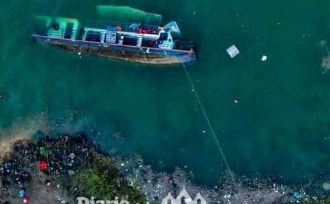 Diez muertos tras naufragio