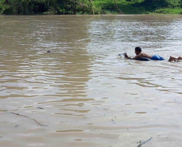 Se metió al río y nunca salió... tenía 22 años
