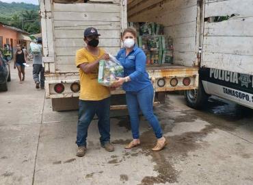 Apoyo alimentario entregó Alcaldesa