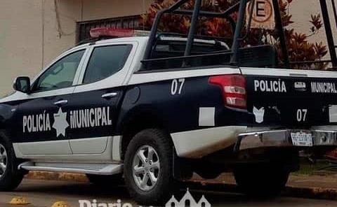 Personas armadas amenazaron a policía