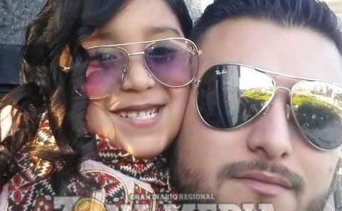 César muy feliz junto a su hija