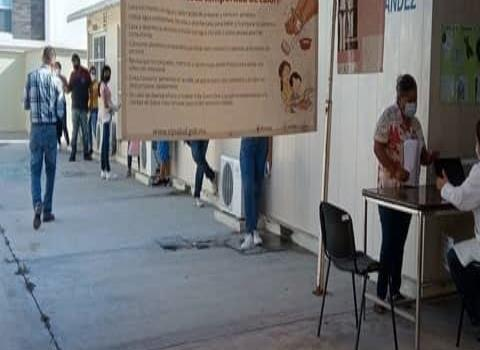 Registran a jóvenes para vacuna contra Covid-19