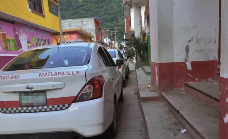 Amagan hampones a un taxista en Matlapa para escapar de la poli   EL SUR